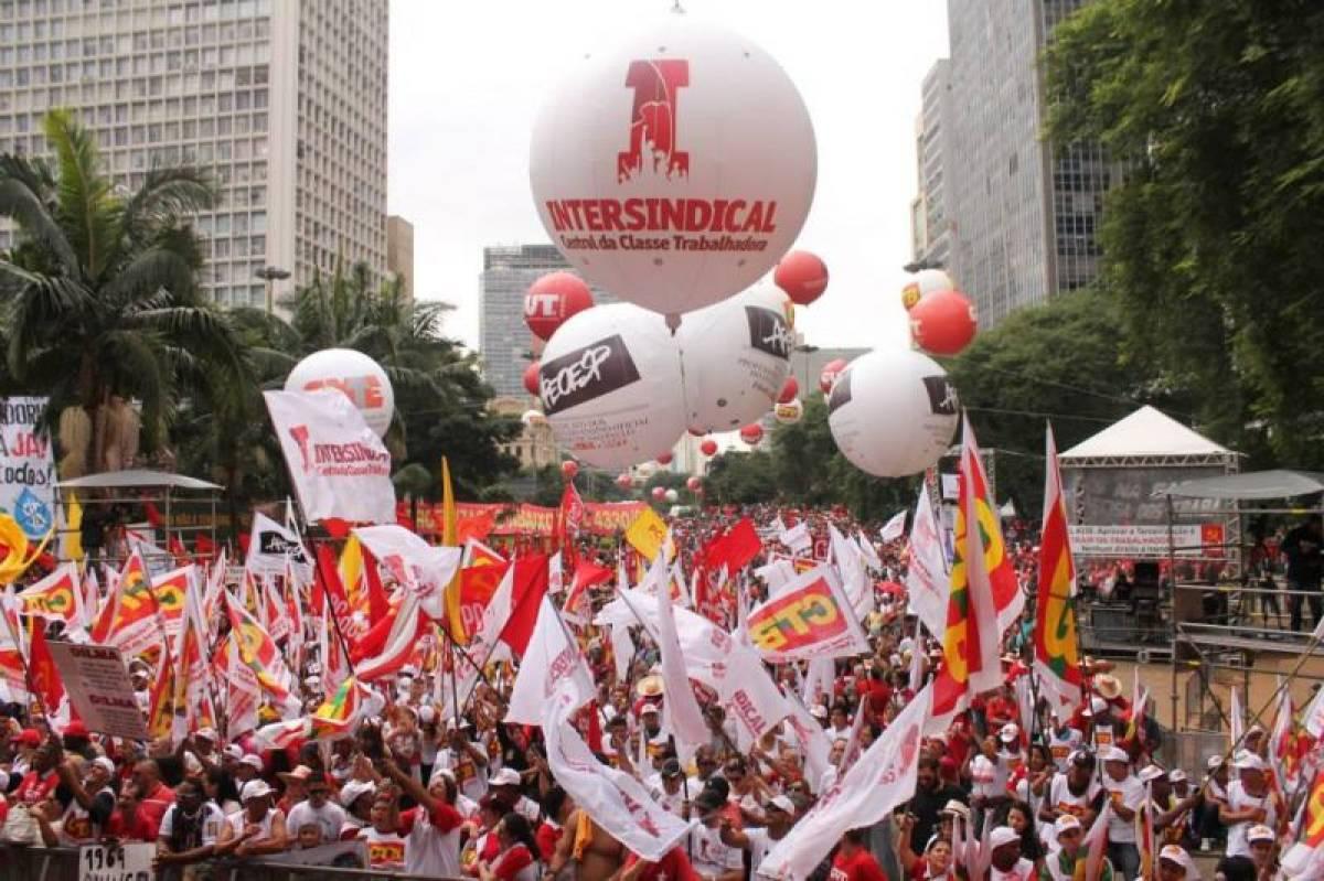 Dia do Trabalhador contra golpistas e por direitos