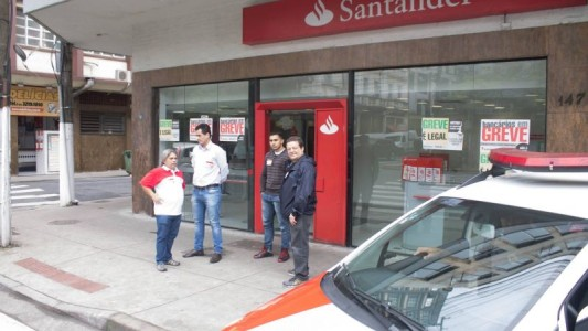 Santander condenado a indenizar ex-gerente por humilhações pelo cumprimento de metas
