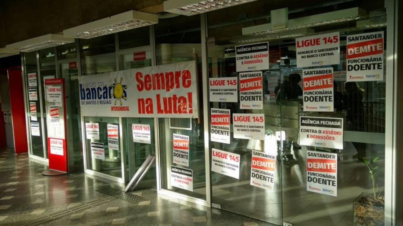 Gestores do Santander: 30 dias de férias é direito!