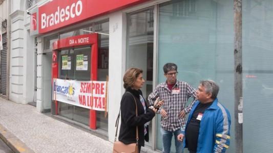 Bradesco segue Itaú e BB e diz que vai reestruturar e fechar agências