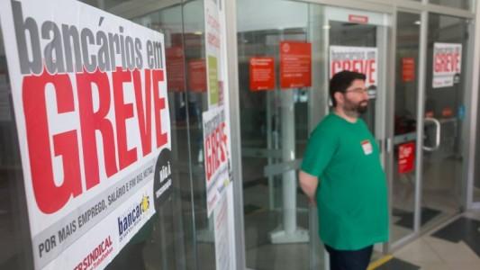 A Greve Nacional continua: Bancários não podem pagar o pato!