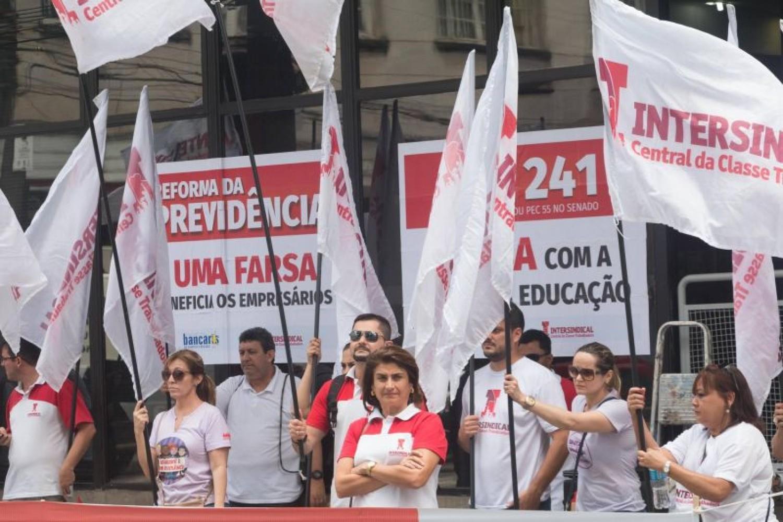 Nova negociação do aditivo do Santander em 22/10