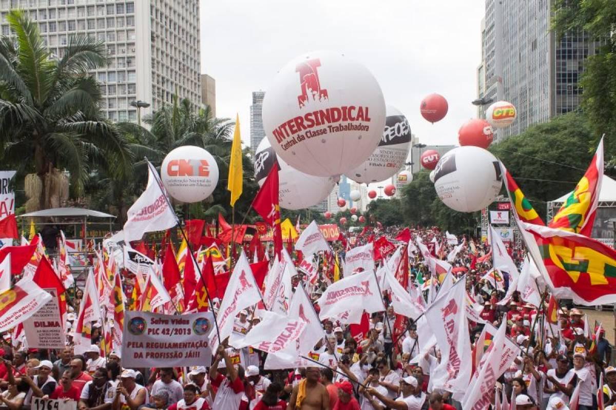 Fortaleça seus direitos com a sindicalização