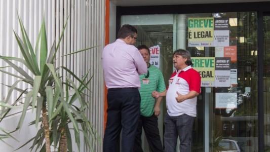 Bancários rejeitam nova proposta da Fenaban de 8,75% de reajuste