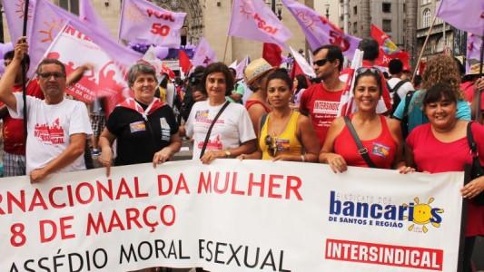 Mulheres participam de marcha por igualdade, liberdade e autonomia