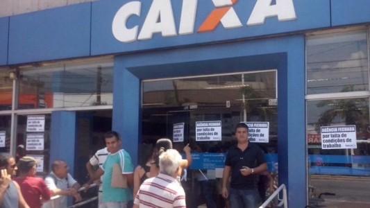 Caixa Cubatão é paralisada por falta de condições de trabalho