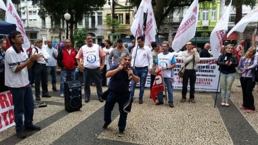 Estudantes de Santos são reprimidos pela Guarda Municipal