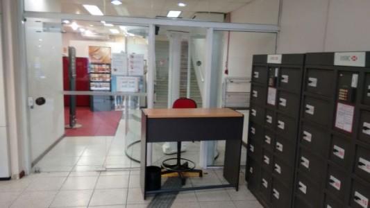 Sindicato exige conserto de porta giratória no HSBC de São Vicente