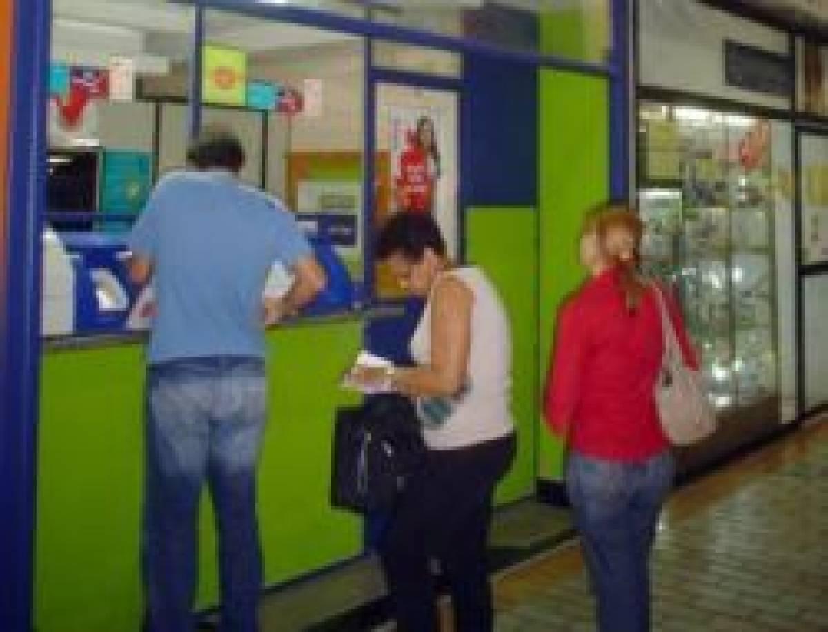 Correspondente bancário precariza trabalhadores e população