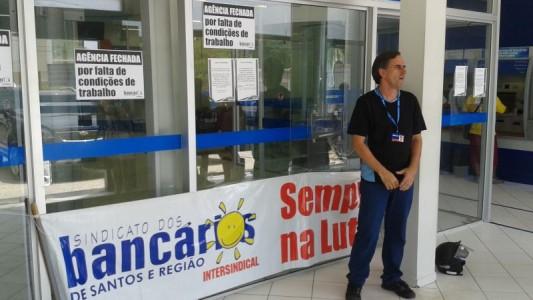 Caixa Econômica em Bertioga é paralisada por falta de refrigeração