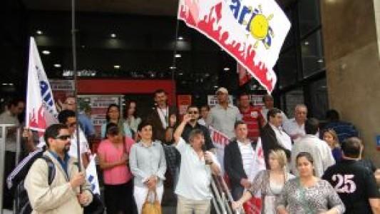 Bancários retardam abertura das agências em Santos