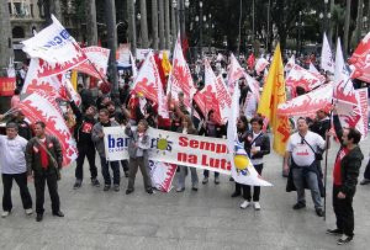 Bancários de Santos e Região no 1ºde Maio - Dia de luta na Praça da Sé, em SP