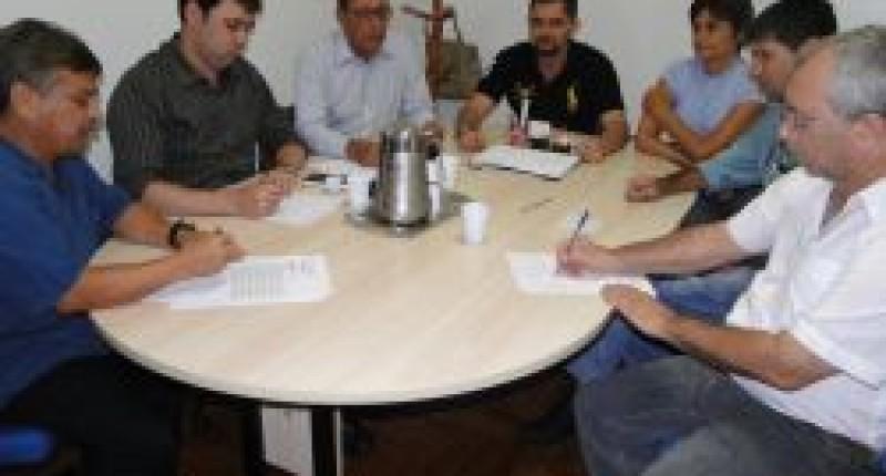 Santander compromete-se a apurar problemas e trazer soluções