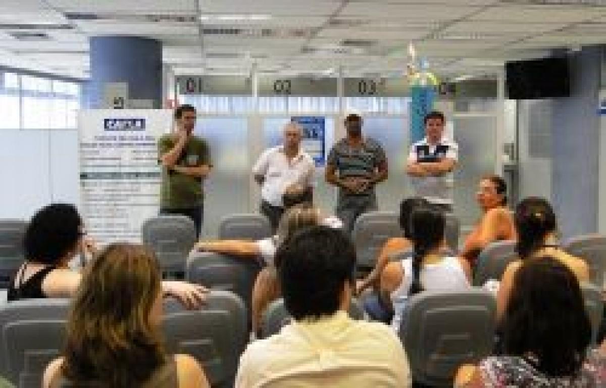 CEF: Sindicato e empregados solucionam problema de refrigeração na agência Ana Costa
