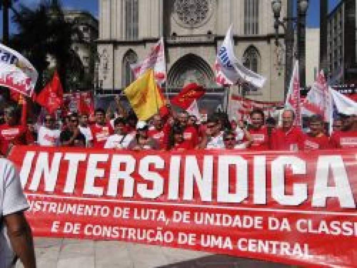 1° de Maio é dia de luta: emprego, moradia, terra e direitos sociais