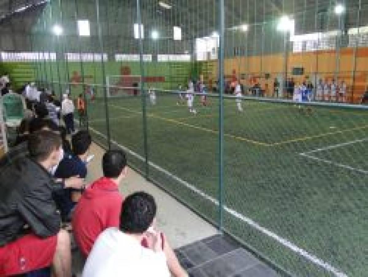 Complexo Esportivo foi inaugurado com festa, torneio e homenagens