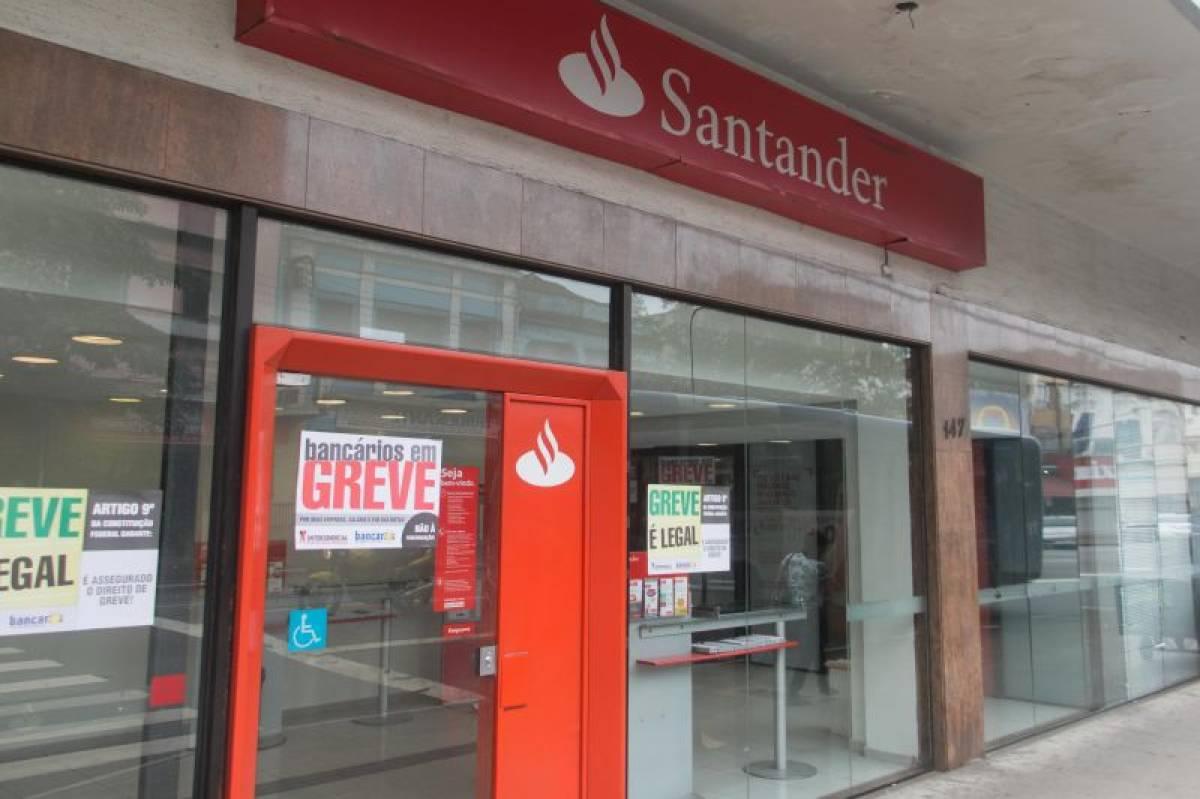Impasse nas negociações do aditivo com Santander