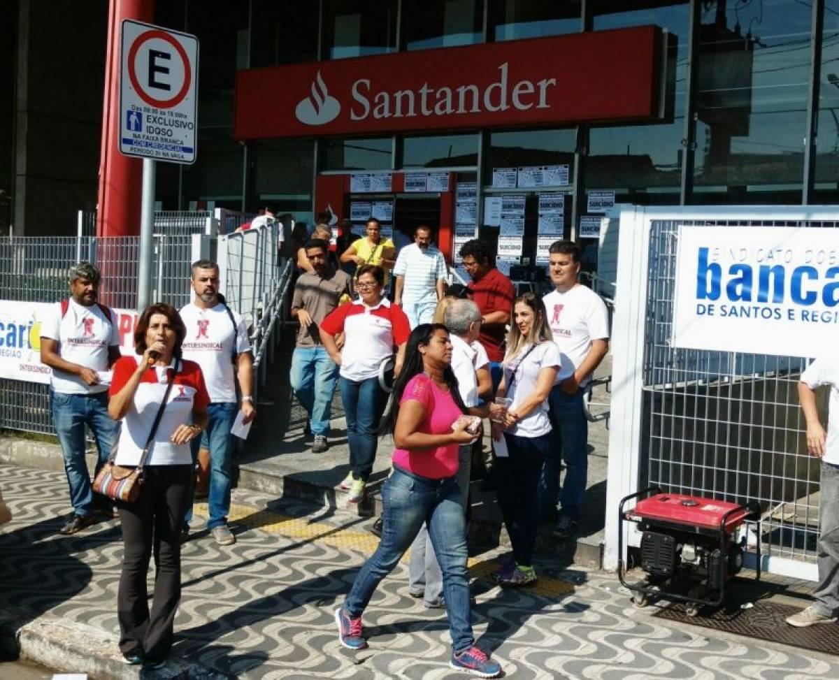 Bancários entregam pauta específica ao Santander dia 12