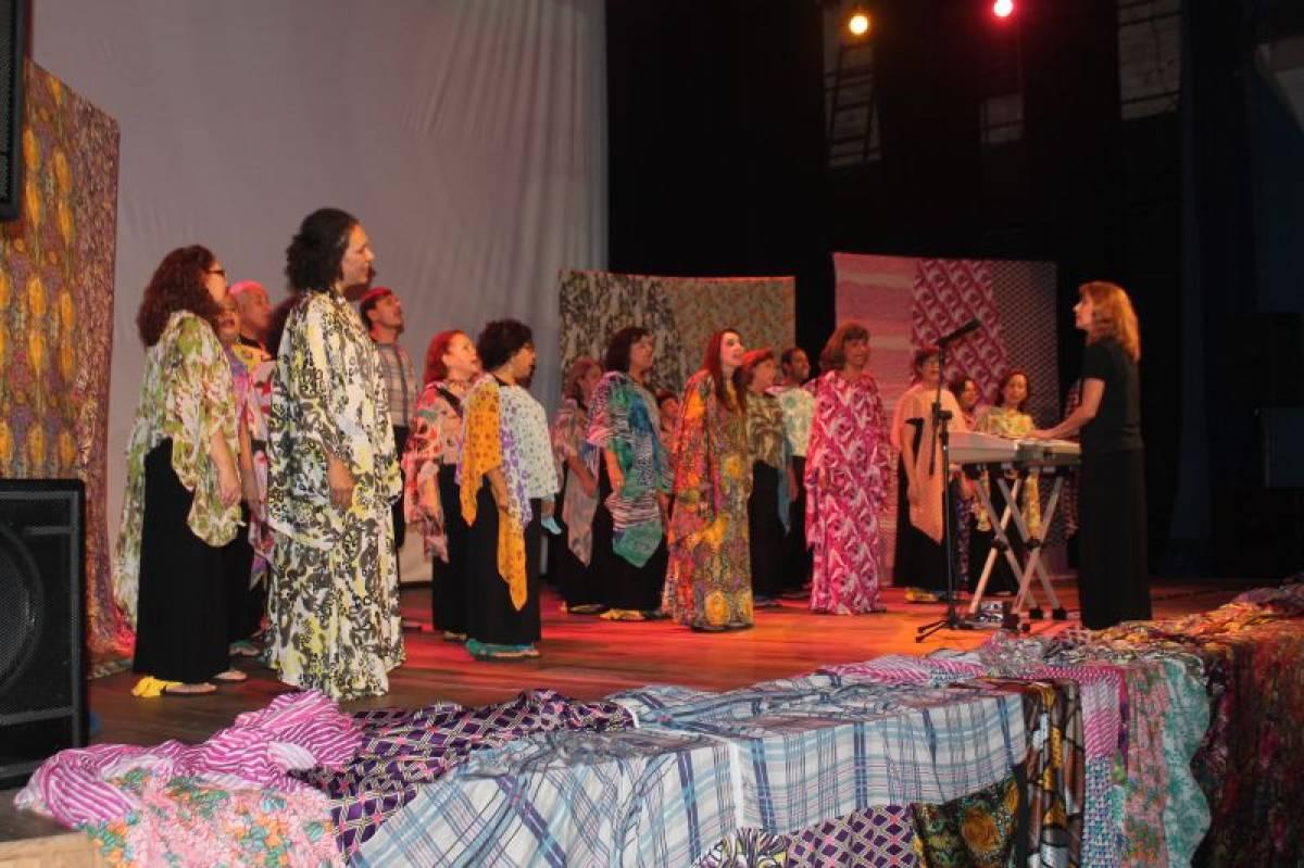 Vozes na Tropicália: Um canto de liberdade volta ao Teatro Guarany dia14/9