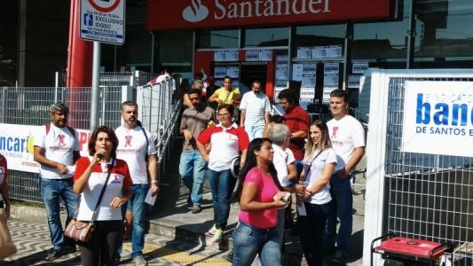 Negociação com Santander sobre aditivo adiada