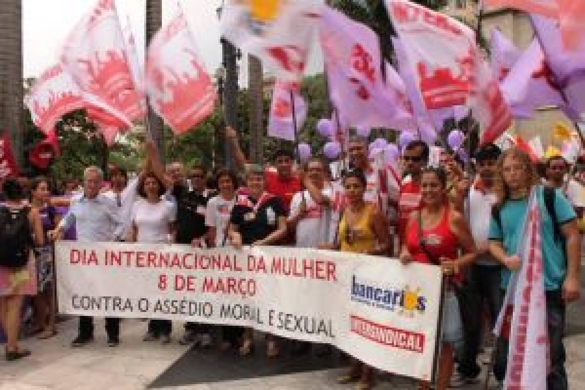 Sindicato participa do 8 de março - Dia de luta contra a violência machista, racista e lesbofóbica