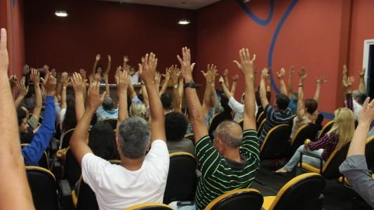 Bancários da Baixada Santista aprovam pauta da Campanha Salarial
