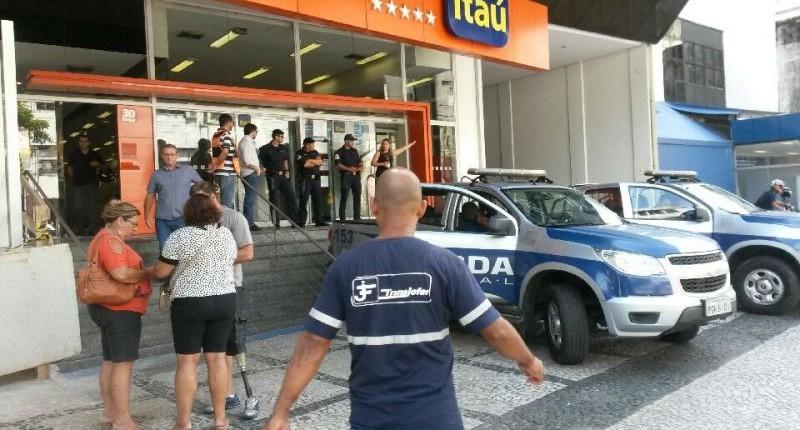 Agência do Itaú em Santos é fechada pela Prefeitura por descumprir lei