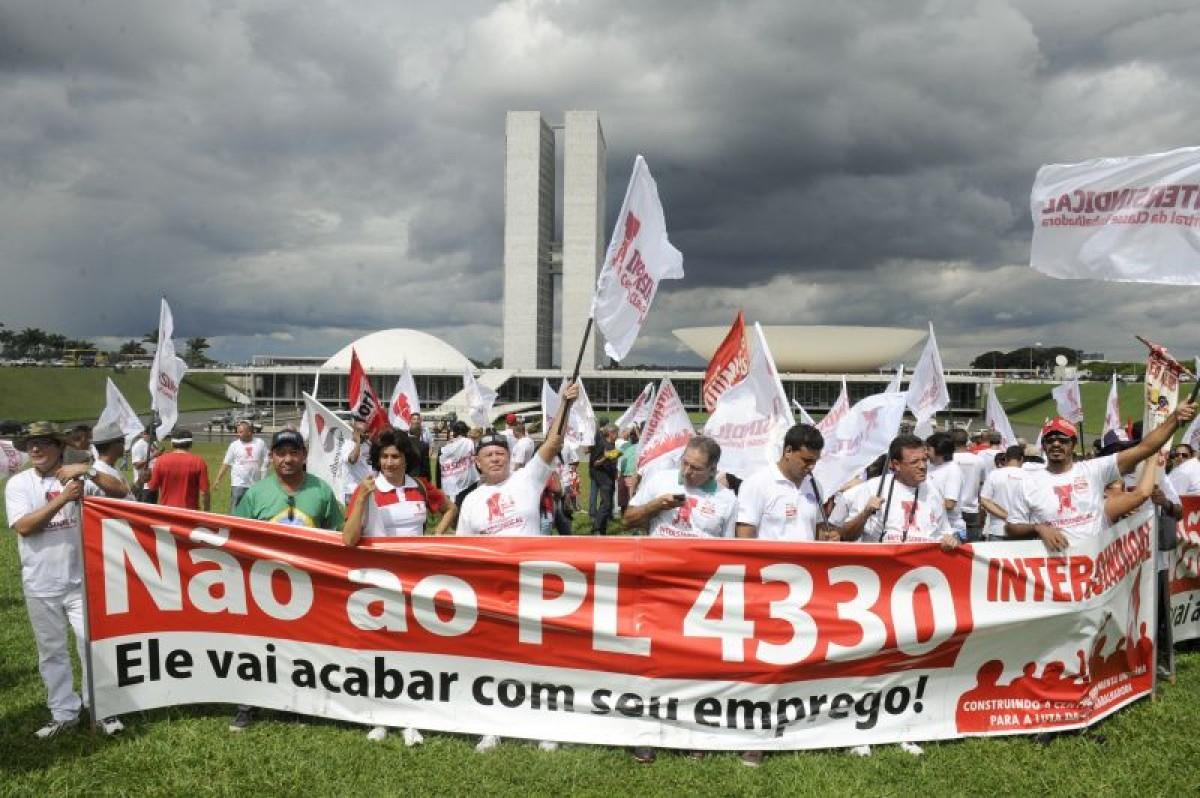 Protesto em Brasília garantiu adiamento da votação dia 7/4