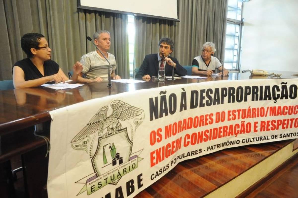 Contra as desapropriações, moradores da Baixada Santista vão à Alesp debater obra