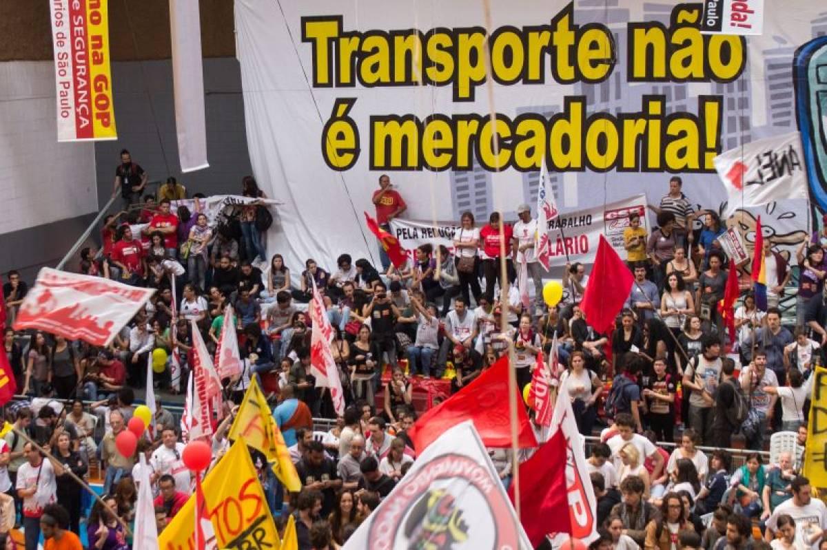 Metrô de SP é autuado pelo Ministério do Trabalho por demitir grevistas