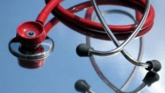 Médicos são proibidos de usar tabela para negociar com planos de saúde