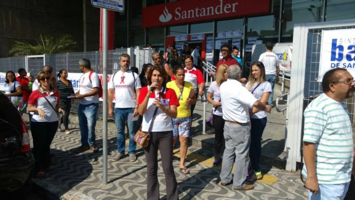 Atenção: bancários estão a ponto de suicídio em agência do Santander