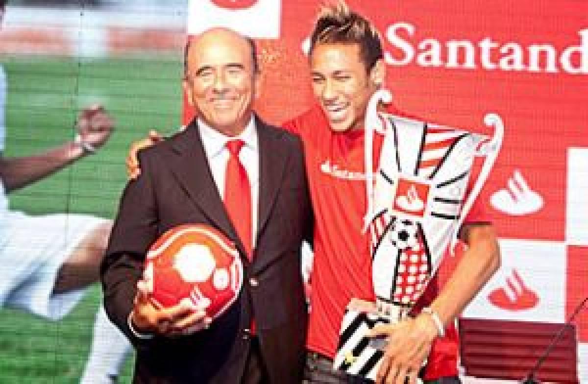 Santander contrata Neymar e bancários querem renovar aditivo com avanços