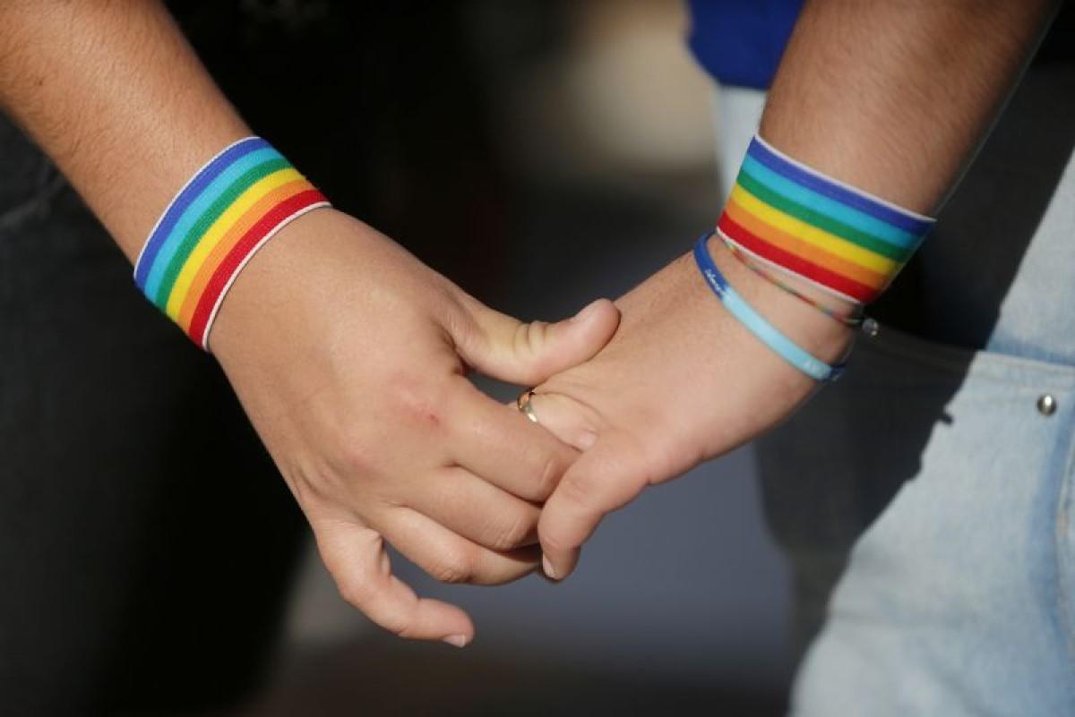 Uniões homoafetivas aumentaram 31% no Brasil, aponta IBGE