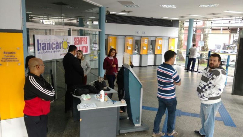 Bancários do BB em São Vicente sofrem com falta de climatização