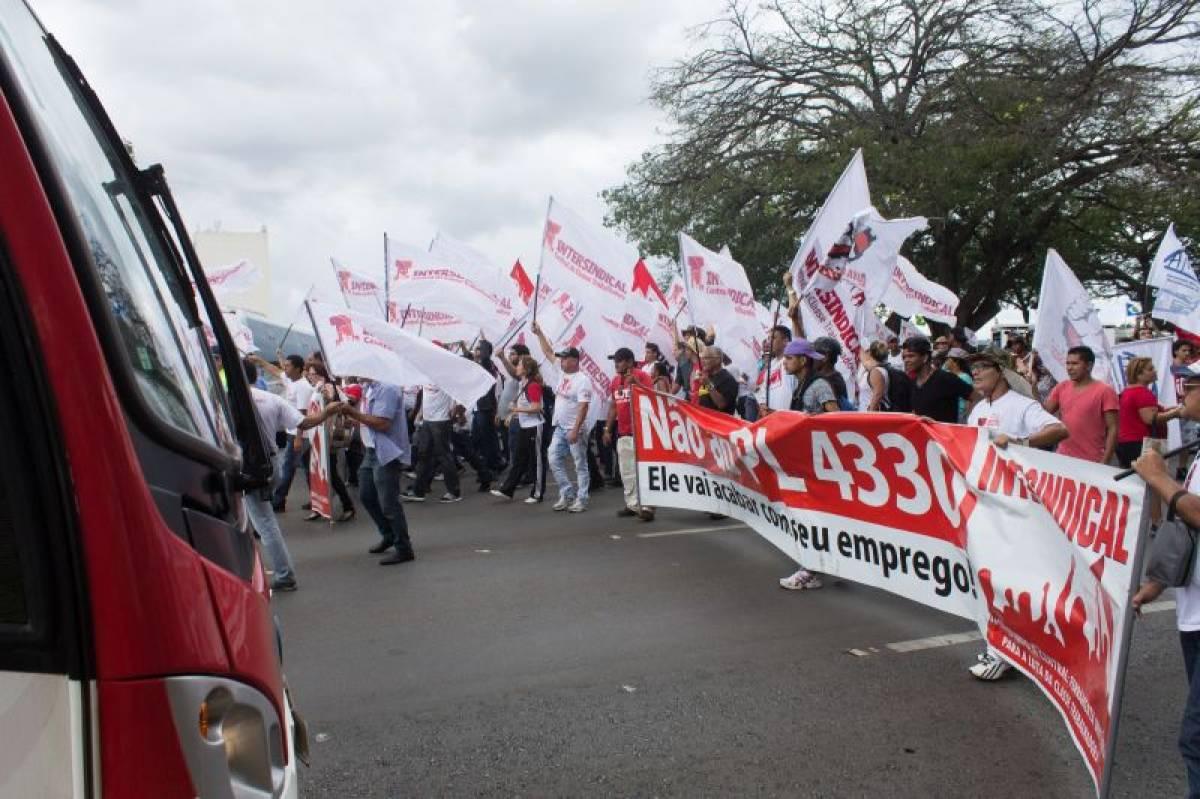 15 de abril: Paralisação Nacional contra o PL 4330