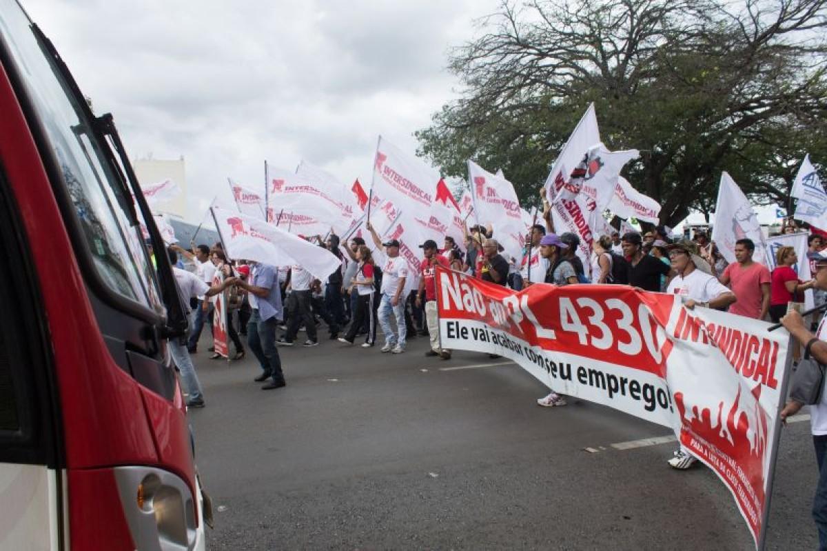 PL 4330 segue ao Senado e Centrais preparam novo dia de lutas