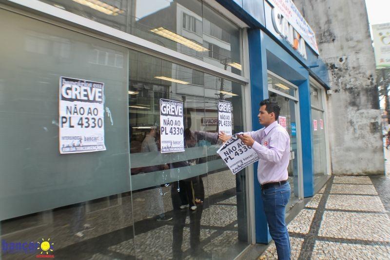 Caixa é condenada por terceirização ilícita de serviço de malote