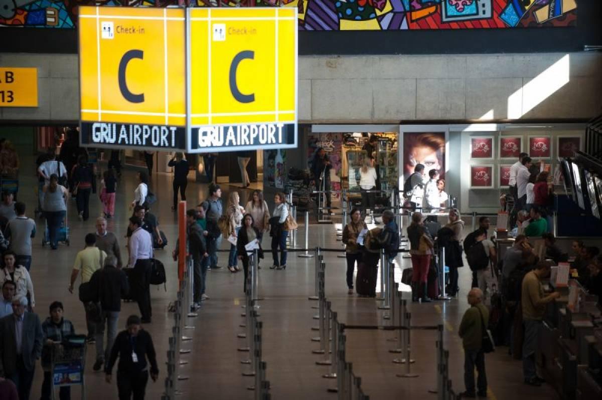 Companhia aérea é condenada em R$ 200 mil por terceirização ilegal