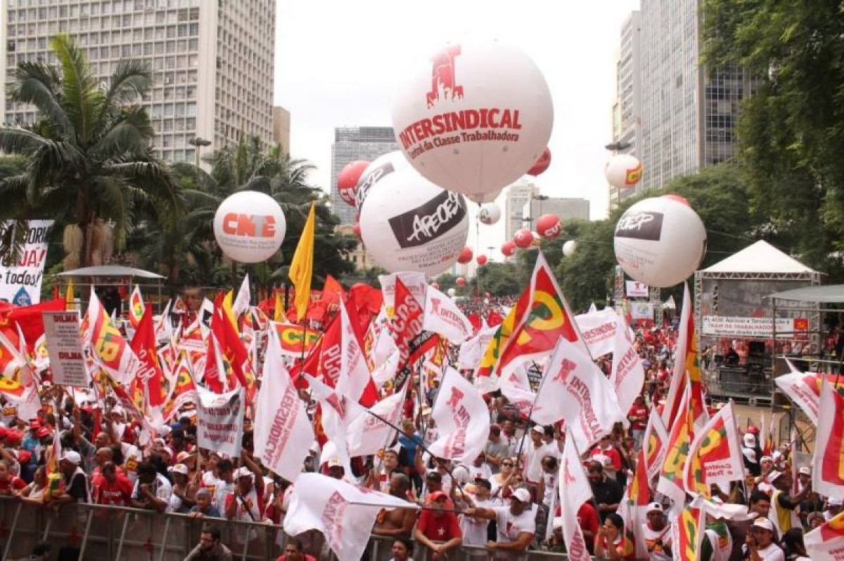 Intersindical participa do 1º de Maio Popular e de Luta no Anhangabaú/SP