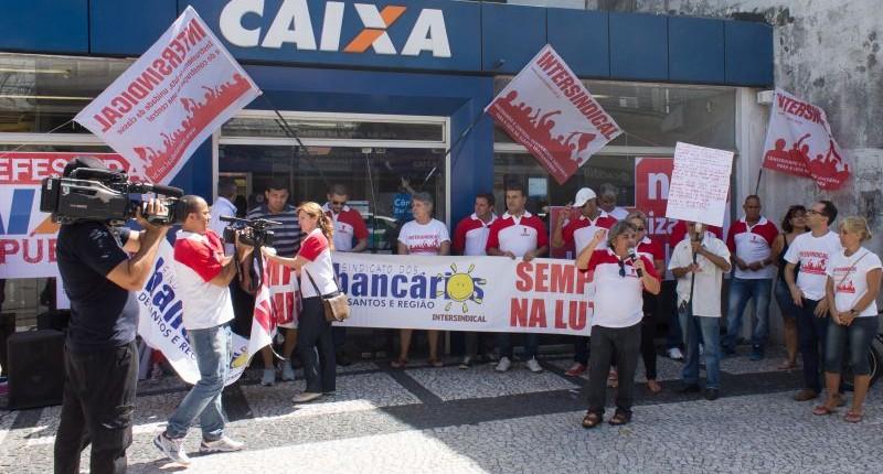 Bancários paralisaram Caixa contra privatização