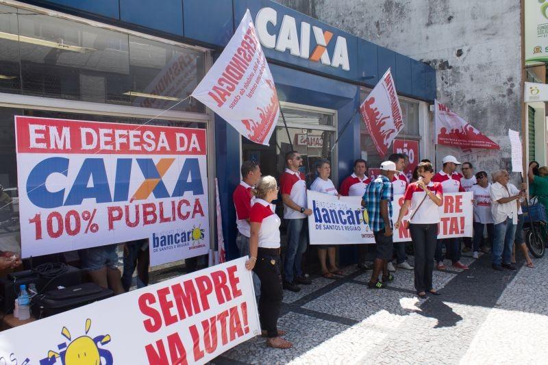 Movimento sindical cobra melhorias na Caixa