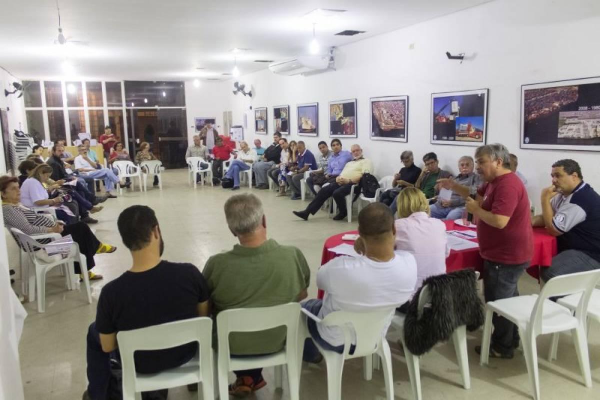 Centrais Sindicais da BS organizam panfletagens contra a terceirização