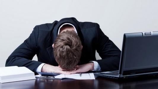Pressão afeta saúde de bancários, aponta estudo