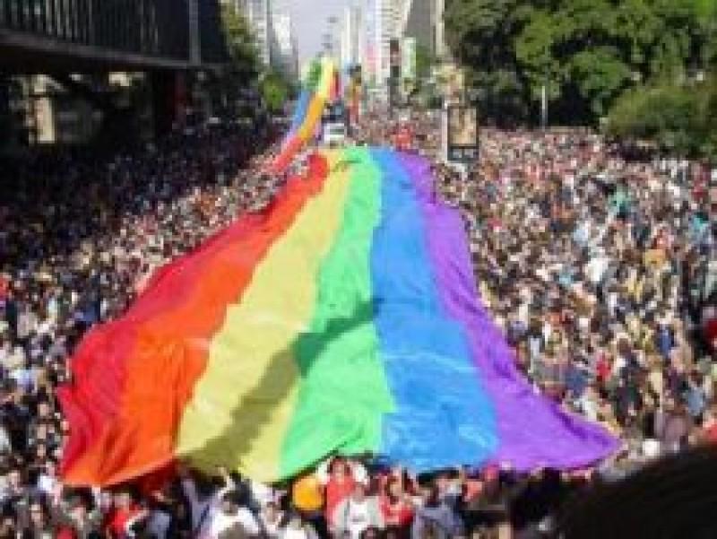 Um homossexual é morto no Brasil a cada 36 horas, aponta estudo da GGB