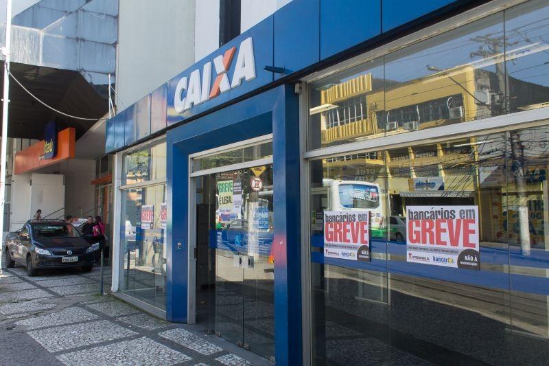 Caixa assina acordo coletivo e PLR será depositada nesta sexta, 6