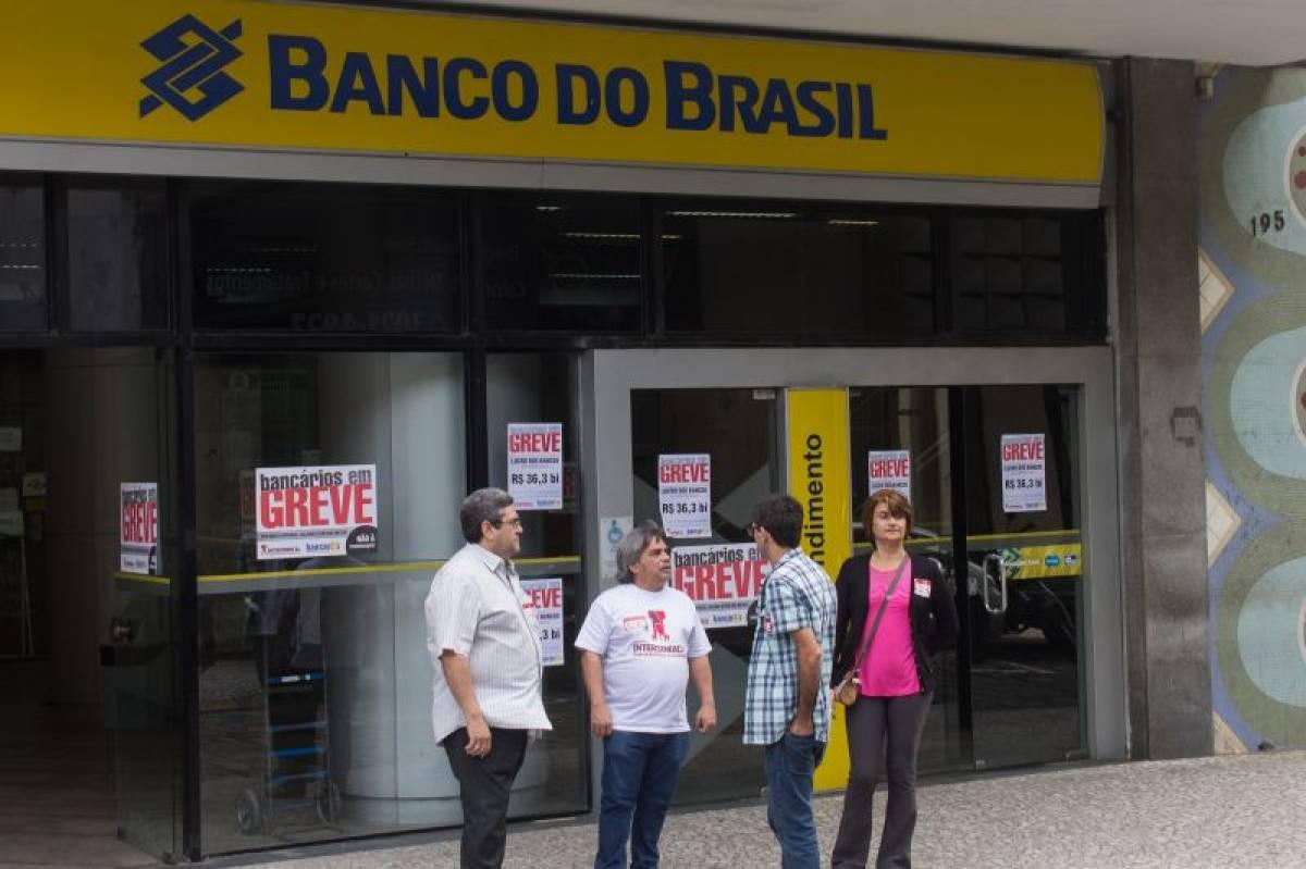 Bancários assinam aditivo à Convenção Coletiva de Trabalho do BB