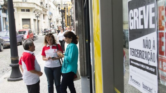 Banco do Brasil fala sobre diálogo, mas não marca negociação