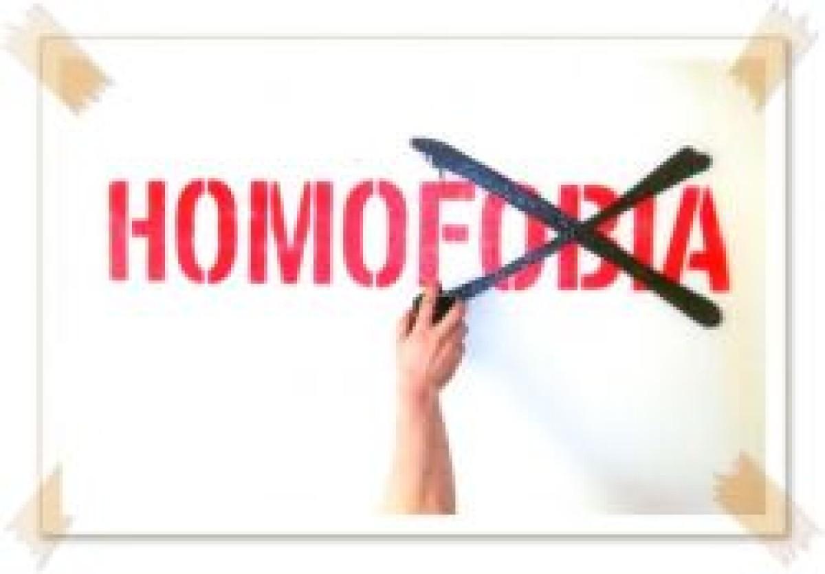 Mídia reforça preconceito e Congresso é omisso em relação à homofobia, diz deputado