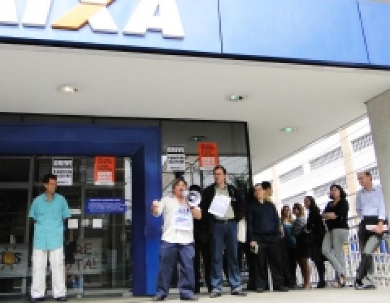 Campanha Salarial 2010: Bancários paralisaram São Vicente